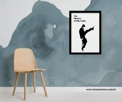 quadro the ministry of silly walks men moldura preta