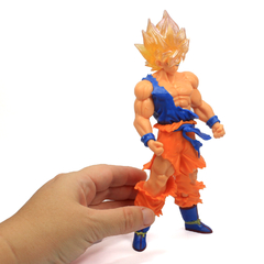 Boneco Dragon Ball Z Action Figure - Resurrection F Super Saiyajin Goku - Dourado 18cm - comprar online