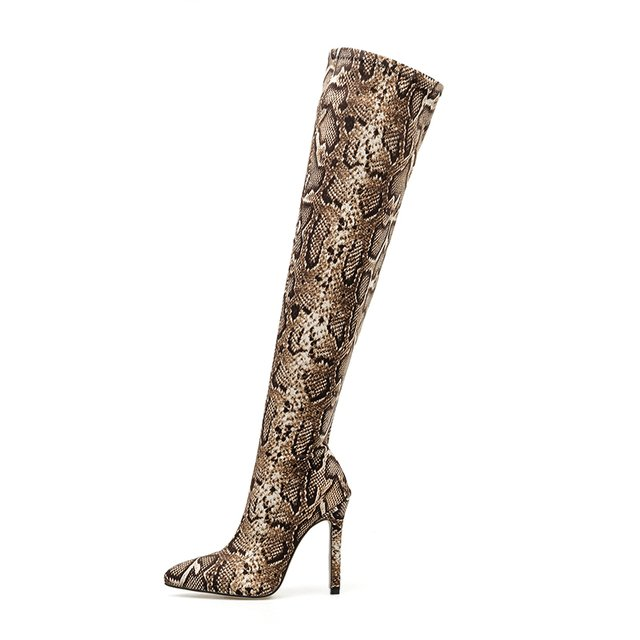 Bota over the knee animal print snake na internet