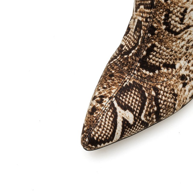 Bota over the knee animal print snake - Lys Shoetique