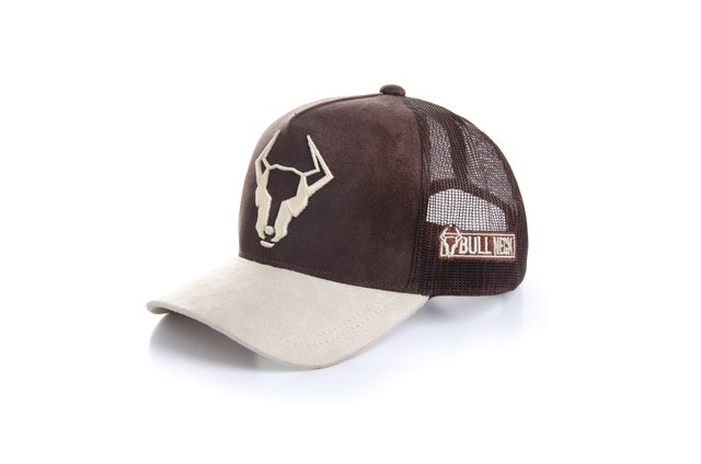 Trucker Cap Bull Neck on internet