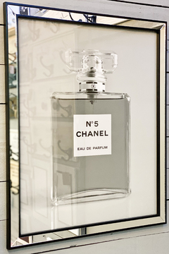 Cuadro Chanel N 5 Black And White 66 X 56 CM - comprar online