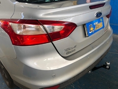 Focus Sedan 13/14 - Removível