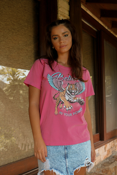 T-SHIRT BELIEVE POWER FUCHSIA ROSE - comprar online