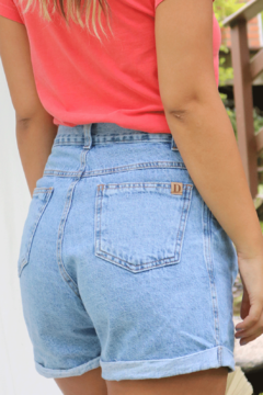 SHORTS MOM JEANS CLARO - buy online