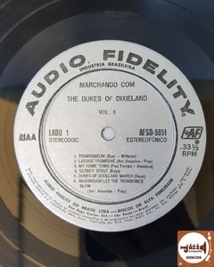 Dukes Of Dixieland - Marching Along With...The Phenomenal Dukes Of Dixielan Volume 3 (1958) - Jazz & Companhia Discos