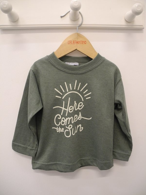 REMERA LISA BEBE HERE COMES THE SUN - comprar online