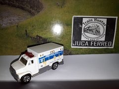 k1012 - Matchbox - Ambulancia / Ambulance - 2005 - vendido no estado