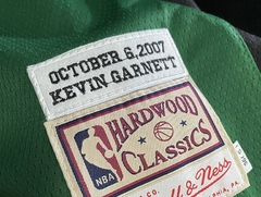 Boston Celtics - Italy Version - Mitchell and Ness - GARNETT #5 na internet