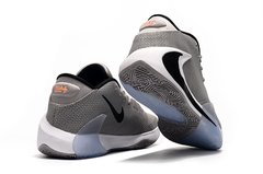Tênis Nike Zoom Freak 1 Atmosphere Grey na internet