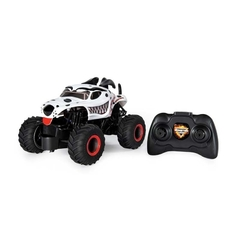 Monster Jam Dalmatian, en internet