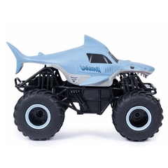 Monster Jam Megalodon. en internet