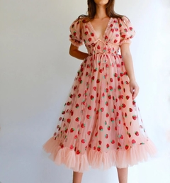 Vestido Sweet Strawberry na internet