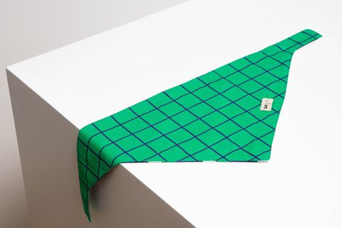 BANDANA WINDOWPANE VERDE on internet