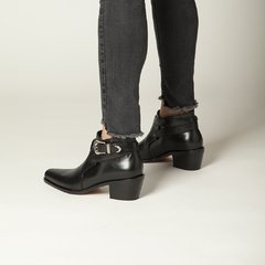 Estribo Boots - online store
