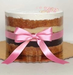Dois Amores (Naked Cake)