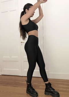Set Top Emm + Basic Leggings Lycra en internet