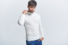 SWEATER POLERA SAM en internet