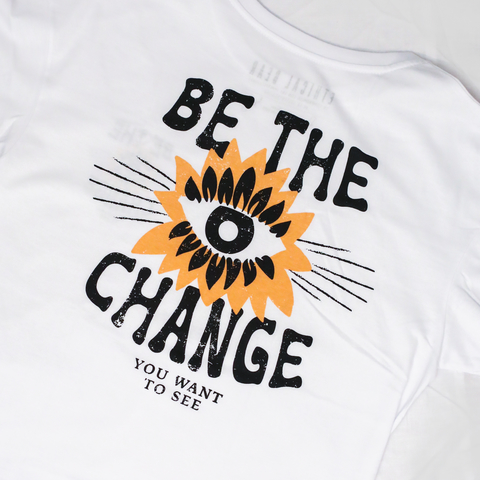 Remera BE THE CHANGE Blanca - Oversize