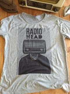 remera gris banda radio head
