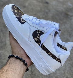 NIKE AIR FORCE F1 LV