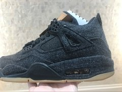 Tênis Air Jordan 4 Black X Levis na internet