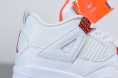 Imagem do Tênis Air Jordan 4 Metallic Orange