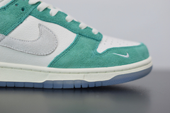 Nike Dunk Low x Kasina - Outh Clothing