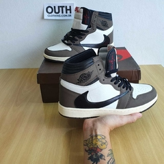 "Air Jordan 1 x Travis Scott - Dark Mocha ""41"" na internet"