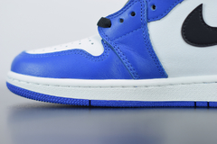 Air Jordan 1 Game Royal 1.0 na internet