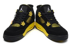 Tênis  Air Jordan 4 Thunder - Outh Clothing