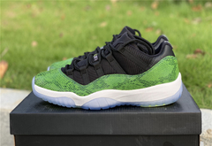 "Tênis  Air Jordan 11 Low ""Green Snake"" na internet"