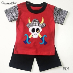 REMERA PIRATA  ROJO + SHORT NEGRO