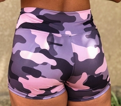 Shorts Power Camuflado Rosa na internet
