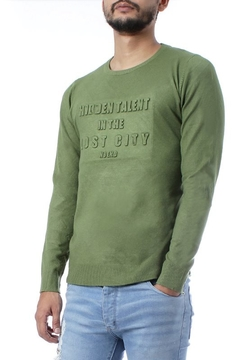 SWEATER CON RELIEVE (32881)