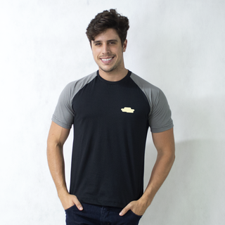 CAMISETA RAGLAN PRETA - EXPEDITIONS