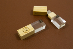 KIT 10 PENDRIVE CRISTAL 16 GB 2.0 - dreamsloveatelie