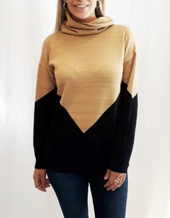 Sweater cuello volcado (7230)