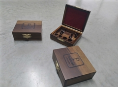Wooden case for two trumpet mouthpieces